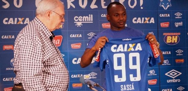 Atacante vai vestir a camisa de número 99 no Cruzeiro