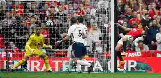 Alexis Sánchez empata para o United contra o Tottenham em semifinal da Copa da Inglaterra - Carl Recine/Reuters - Carl Recine/Reuters