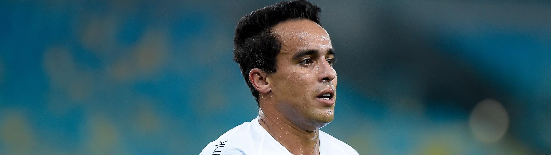 Jadson em ação pelo Corinthians contra o Fluminense