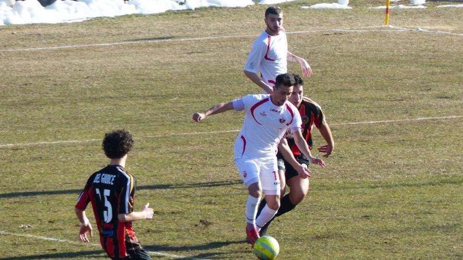 cd31cb46300a2 Time entra em campo com 7 jogadores e perde de 20 a 0 na Série C da Itália