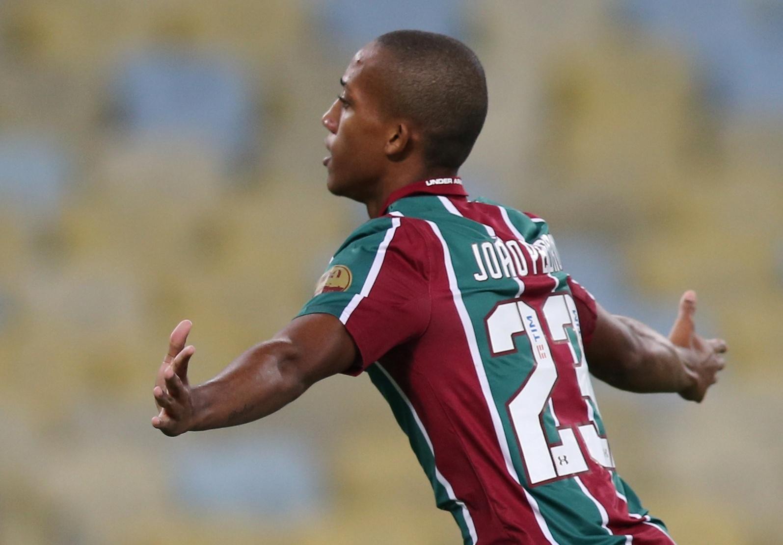 João Pedro comemora após marcar para o Fluminense contra o Atlético Nacional pela Sul-Americana