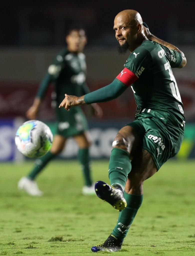 Felipe Melo é o capitão do Palmeiras na temporada