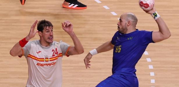 Brasil perde para a Espanha e dificulta suas chances de ir às quartas