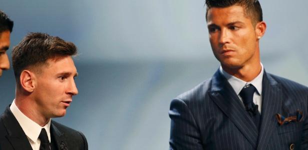 Messi e Cristiano Ronaldo têm travado disputa acirrada há 8 anos do Bola de Ouro - Eric Gaillard/Reuters