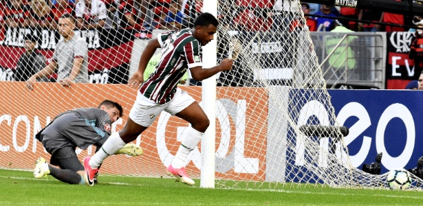 Wendel tem 19 anos e marcou um dos gols do Flu no empate contra o Flamengo