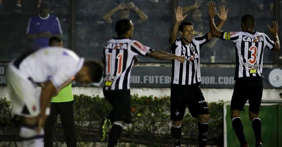Fred faz o gol do Atlético-MG contra o Vasco