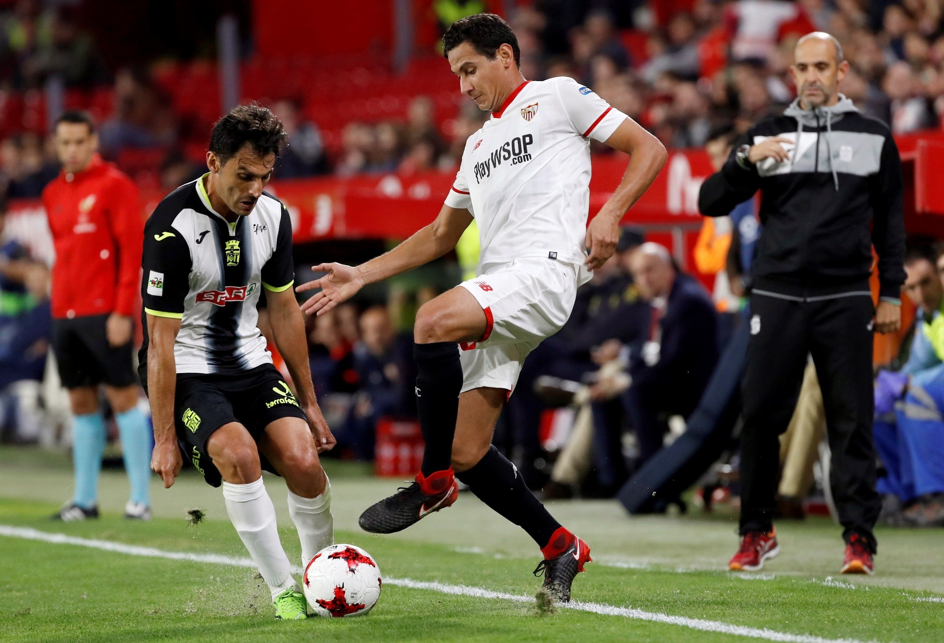 Mercado da Bola  Flamengo renova com Diego e Athletico sonda Ganso -  22 01 2019 - UOL Esporte c004171fd4