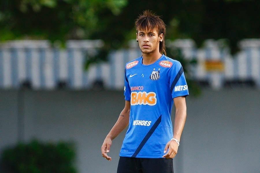 Neymar treina no Santos, em abril de 2012