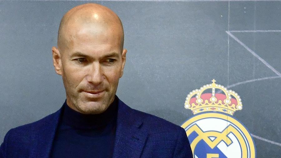 Zinedine Zidane após anunciar saída do Real Madrid - Pierre-Philippe Marcou/AFP