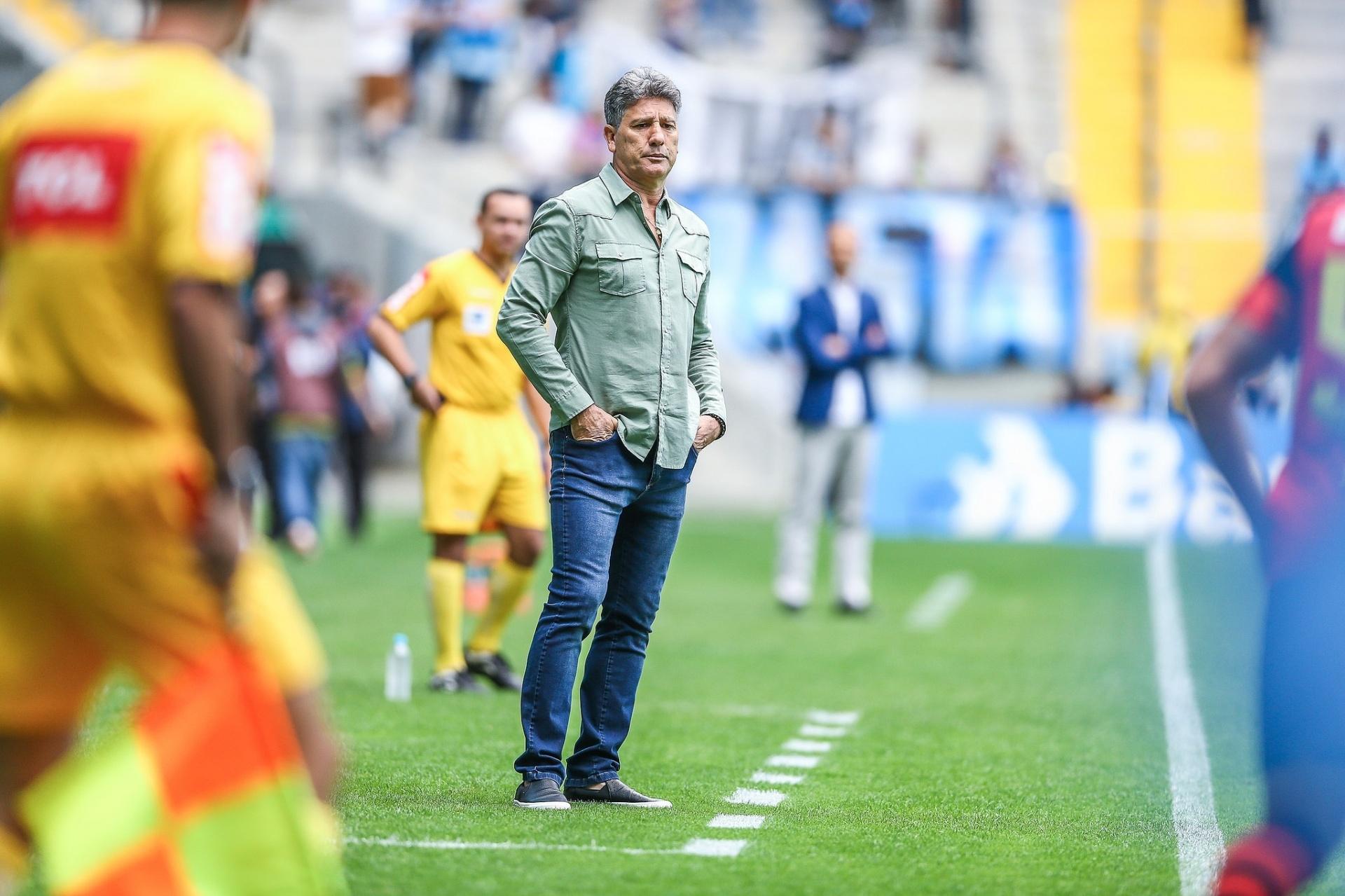 4bed54a7e0 Renato Gaúcho passa bem após cirurgia de 4 horas e lembra gol do Mundial -  Esporte - BOL