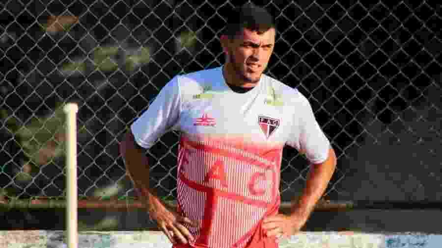 Edson Cariús, do Ferroviário-CE, autor de 2 gols sobre o Corinthians na última quinta - Divulgação/Ferroviário Atlético Clube