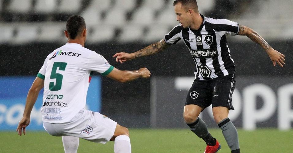 Lance do jogo Botafogo x Portuguesa-RJ pelo Campeonato Carioca