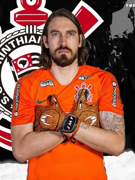 """Corinthians simula """"fusão"""" entre Cássio e Walter: """"Walssio"""" - Reprodução/Twitter"""