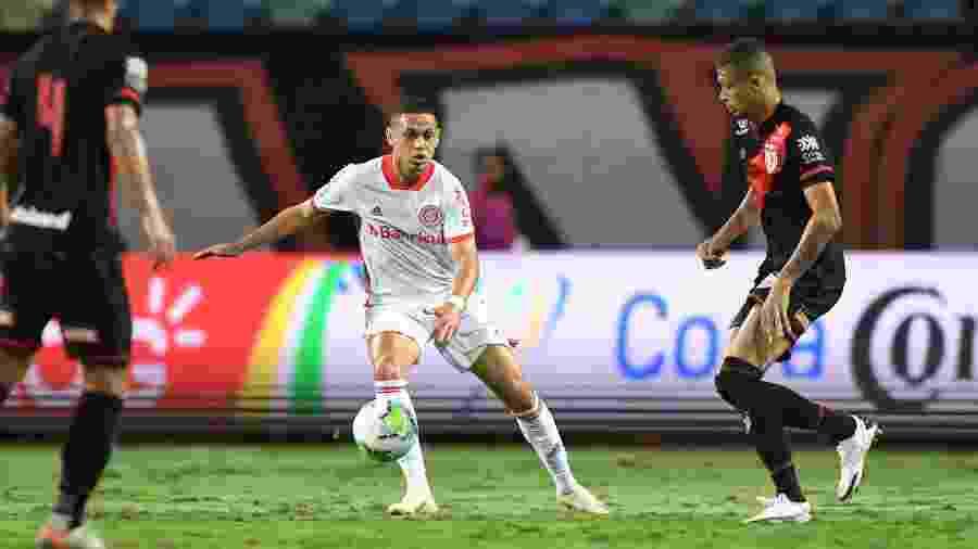 Marcos Guilherme é o mais cotado para se tornar titular com a lesão de Boschilia - Ricardo Duarte/Inter