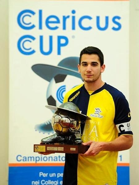 Samuel Piermarini, goleiro que decidiu se tornar padre - Twitter /Reprodução
