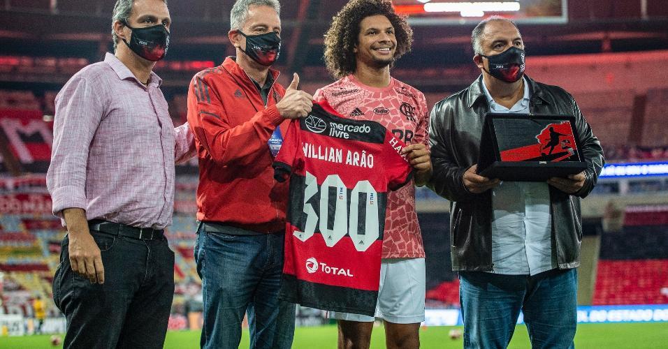 Willian Arão completa 300 partidas com a camisa do Flamengo