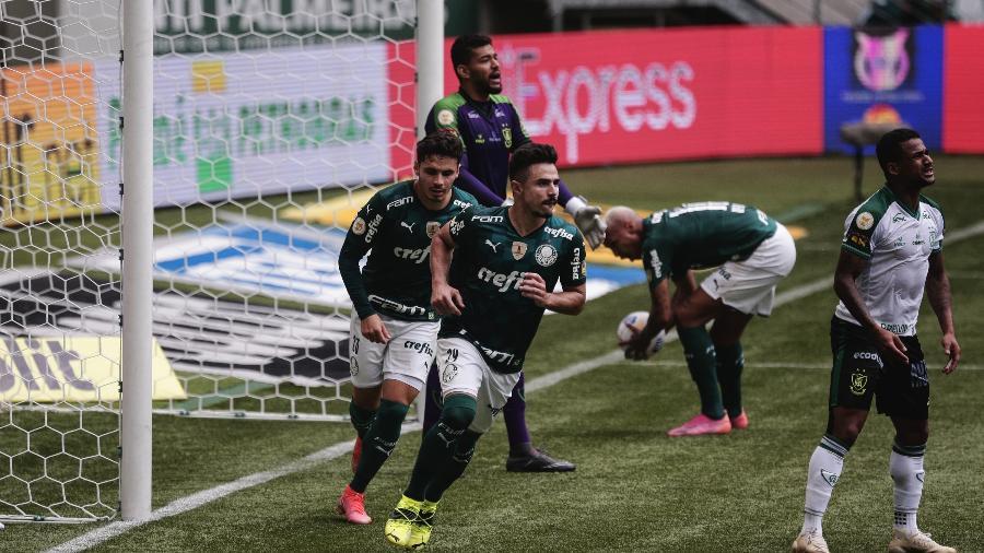 Willian Bigode comemora gol de empate do Palmeiras sobre o América-MG - Ettore Chiereguini/Ettore Chiereguini/AGIF