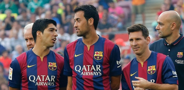 Busquets só não ganha mais que Messi e Neymar atualmente no Barcelona - Gustau Nacarino/Reuters