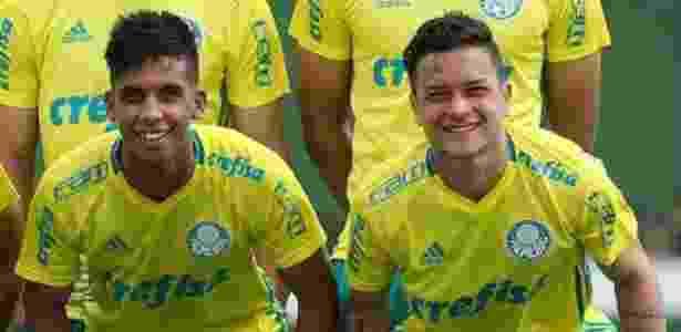 Vitinho e Artur passaram a treinar com os profissionais do Palmeiras em 2016 - Palmeiras/Divulgação