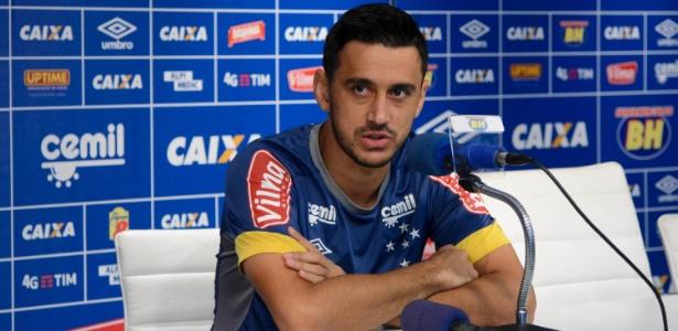 Gols, assistências e regularidade. Robinho vive sua melhor fase no Cruzeiro
