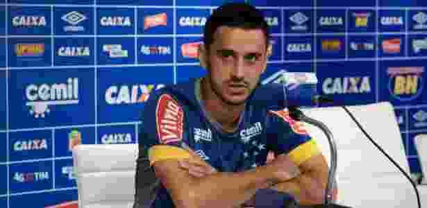 Robinho pode permanecer no Cruzeiro ao término do contrato de empréstimo - Washington Alves/Light Press/Cruzeiro
