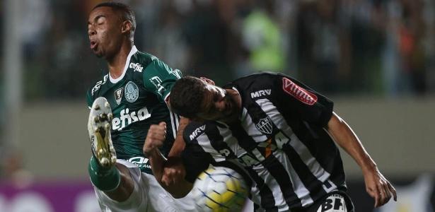 Gabriel marca Gabriel Jesus em lance de jogo entre Atlético-MG e Palmeiras