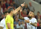 Chileno critica árbitro de vídeo na Copa das Confederações: