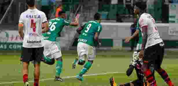 Borja comemora após abrir o placar para o Palmeiras contra o Atlético-GO - Daniel Vorley/AGIF - Daniel Vorley/AGIF