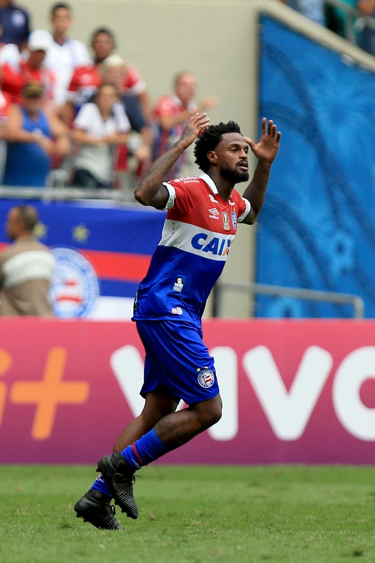 Renê Junior comemora gol marcado pelo Bahia contra o Botafogo