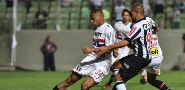 Último jogo de Bruno Alves foi a derrota por 1 a 0 para o Atlético-MG - André Yanckous/AGIF