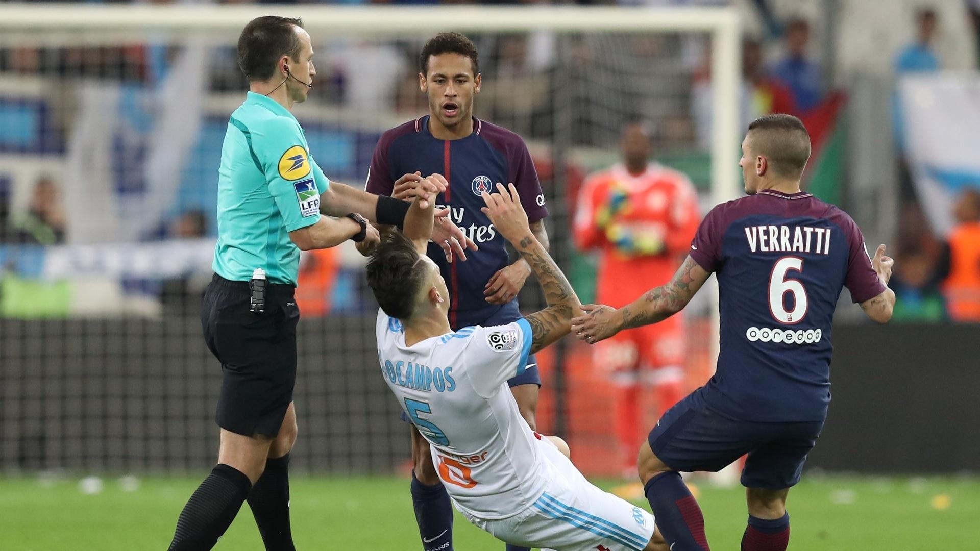 Neymar atinge Ocampos antes de ser expulso em Olympique x PSG