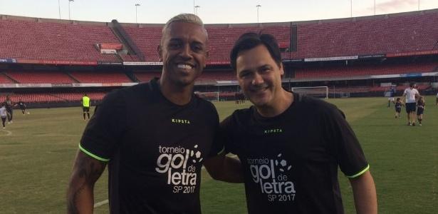 Sidão e o empresário Fábio Mello, durante jogo beneficente da Fundação Gol de Letra