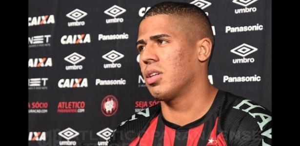 Bergson apresentou dores musculares e não foi visto em Fortaleza; clube não passa informações