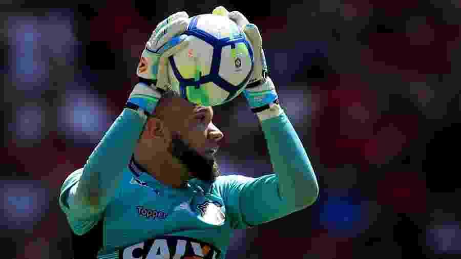 Goleiro Everson, agora ex-Ceará, enfim foi oficializado pelo Santos - Buda Mendes/Getty Images