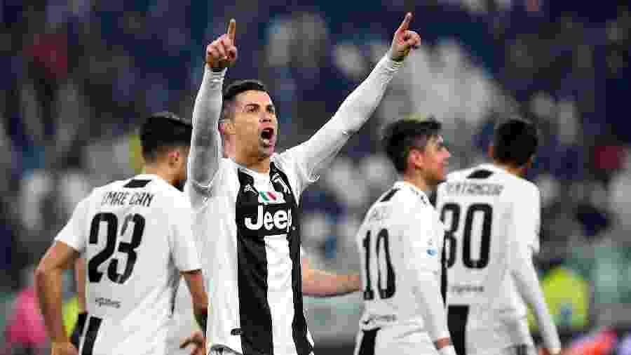 Cristiano Ronaldo comemora gol da Juventus contra o Frosinone - REUTERS/Massimo Pinca