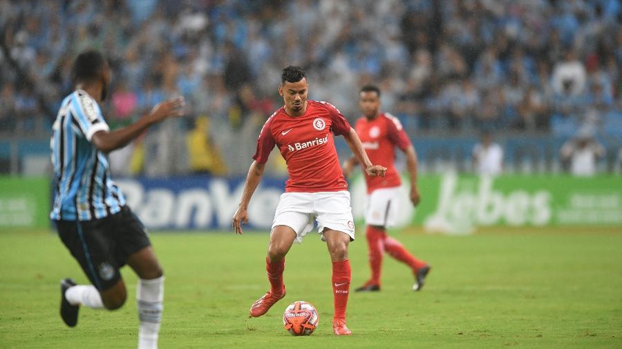 Rodrigo Lindoso se lesionou no clássico Gre-Nal do último domigno - Ricardo Duarte/Inter