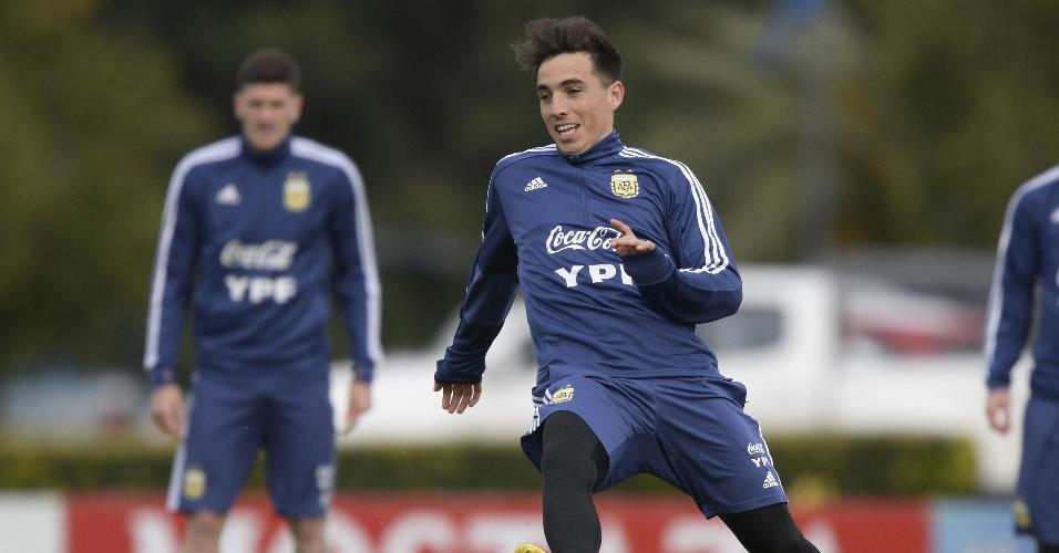 Renzo Saravia, jogador da seleção da Argentina