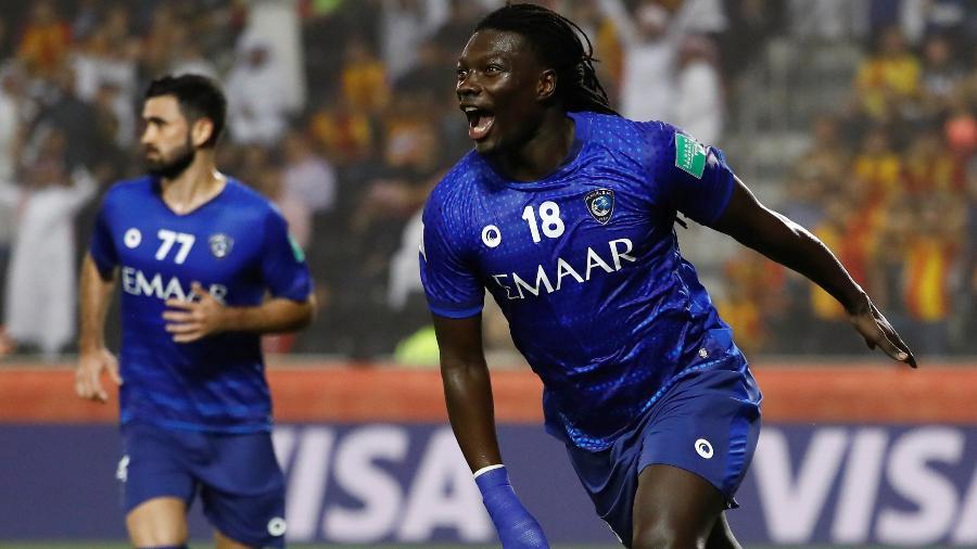 Gomis saiu do banco para marcar gol da vitória do ex-time de Jorge Jesus em Doha, no Qatar - Kai Pfaffenbach/Reuters