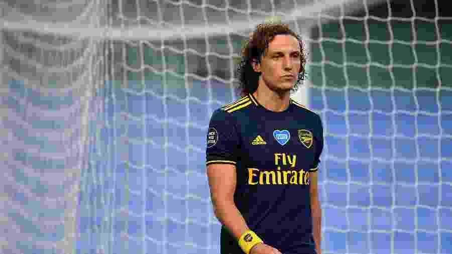 David Luiz cometeu cinco pênaltis em 33 jogos disputados pelo Arsenal no torneio - LAURENCE GRIFFITHS / POOL / AFP