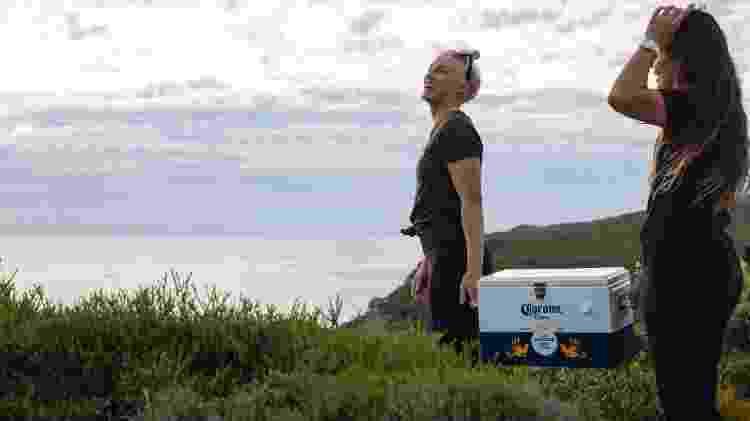 Tatiana Weston-Webb e Johanne Defay (FRA) em Margaret River, Austrália - Divulgação/Corona - Divulgação/Corona