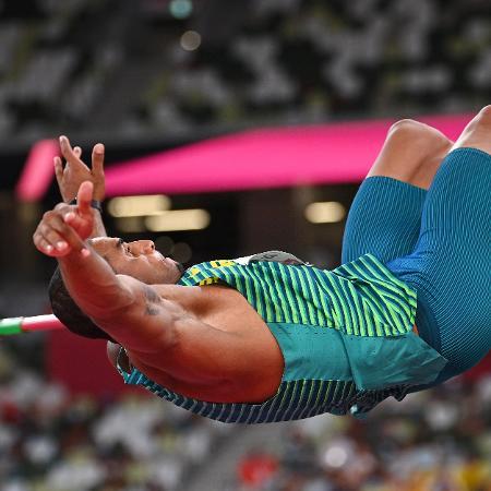 Felipe dos Santos durante prova do salto em altura nas Olimpíadas - Dylan Martinez/Reuters