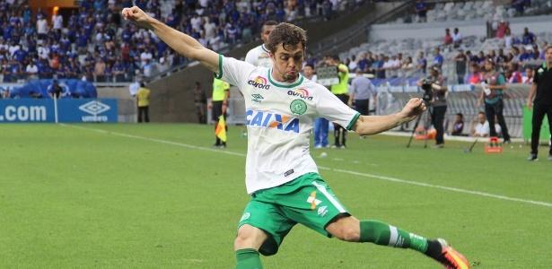 Hyoran, meia da Chapecoense, é reforço do Palmeiras para 2017