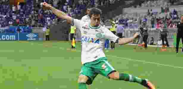 Corinthians e Palmeiras se reforçam para 2017 e agitam Mercado da Bola c109c85408d3e