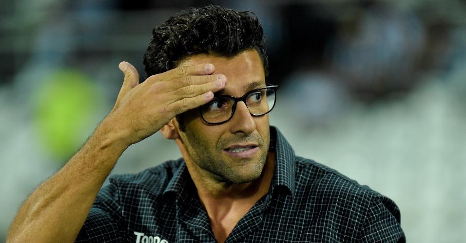 Alberto Valentim comanda o Botafogo contra o Ceará