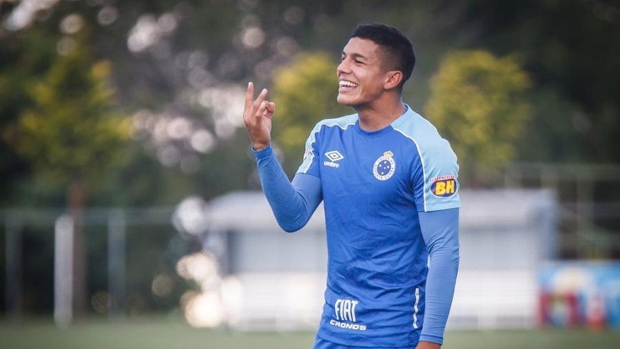 Lucas Romero, volante do Cruzeiro, ganha mais espaço com Mano Menezes - Vinnicius Silva/Cruzeiro