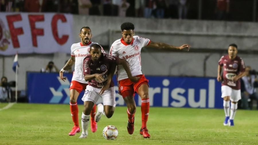 Internacional e Caxias pela primeira rodada do segundo turno do Gauchão - Luiz Erbes/S.E.R. Caxias