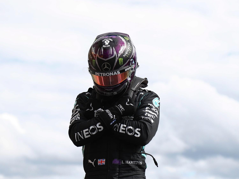 Lewis Hamilton, da Mercedes, homenageia Chadwick Boseman após pole position do GP da Bélgica - Francois Lenoir/Pool via Getty Images