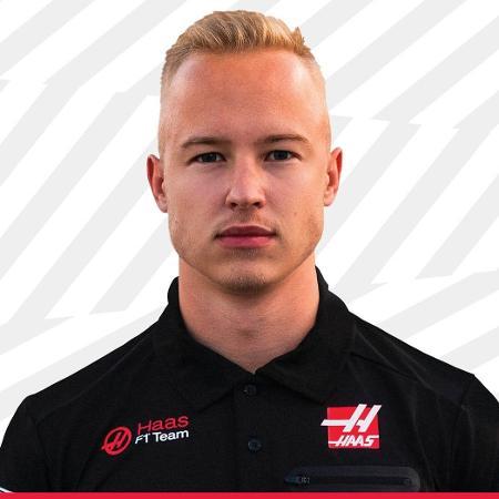 """Piloto russo de 21 anos prometeu """"aprender"""" e melhorar o seu comportamento - Divulgação/Haas"""