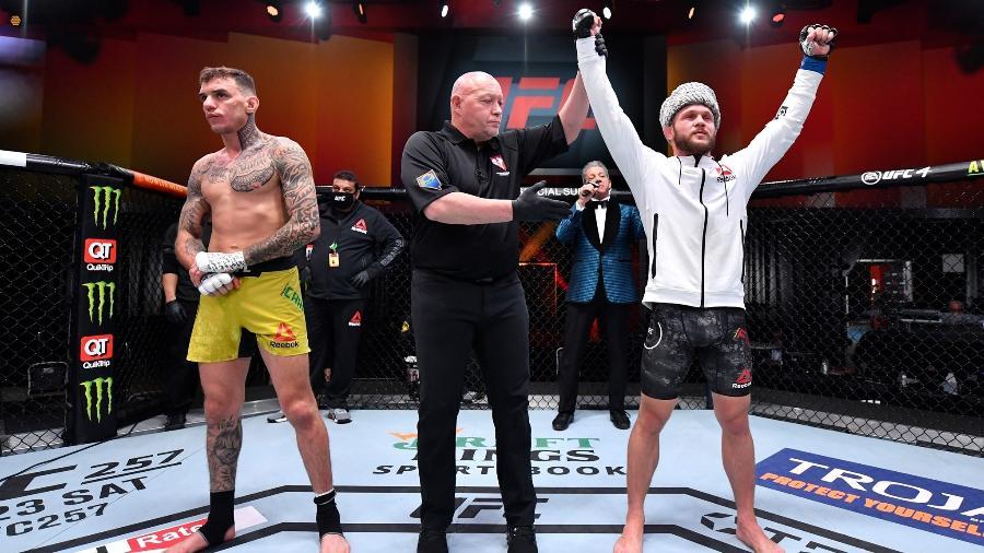 """O brasileiro Renato """"Moicano"""" foi derrotado pro Rafael Fiziev no UFC 256, em Las Vegas (EUA) - Divulgação/UFC"""