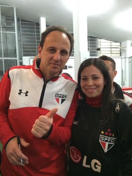 Rogério Ceni e a torcedora Andrezza Gabriela Almeida - Arquivo pessoal